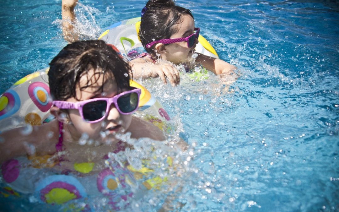 3 DIY swimming pool games to try with the kids this summer