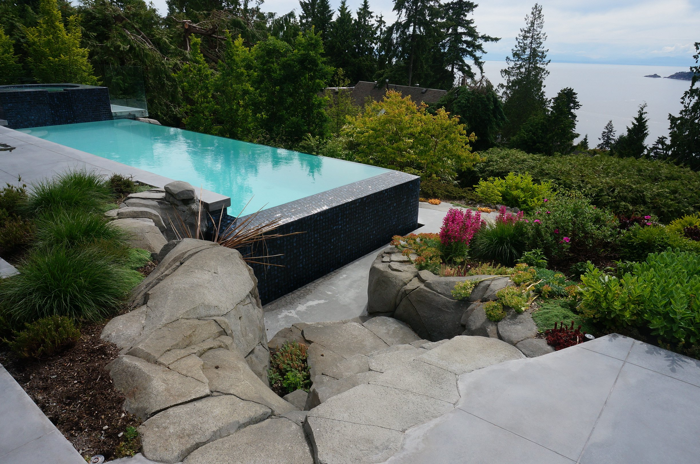 West vancouver pool by trasolini pools trasolini pools ltd for Pool design vancouver