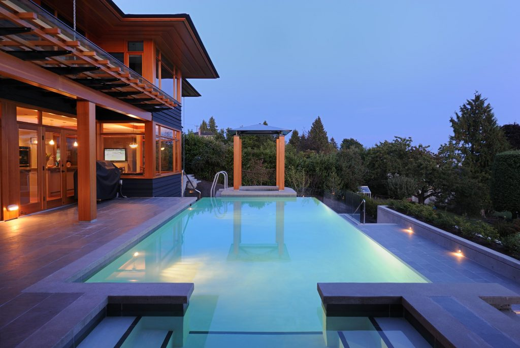 6 incredible pools to inspire your own pool design for Pool design vancouver