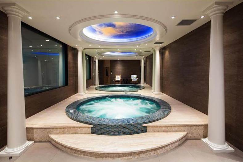 10 beautiful hot tub designs to inspire you
