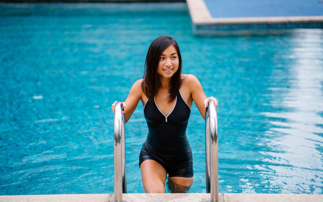 Pool Fitness – 10 great exercises to try in your pool this summer