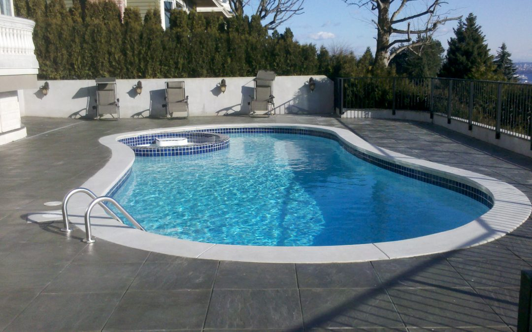 5 swimming pool issues pool owners often ignore