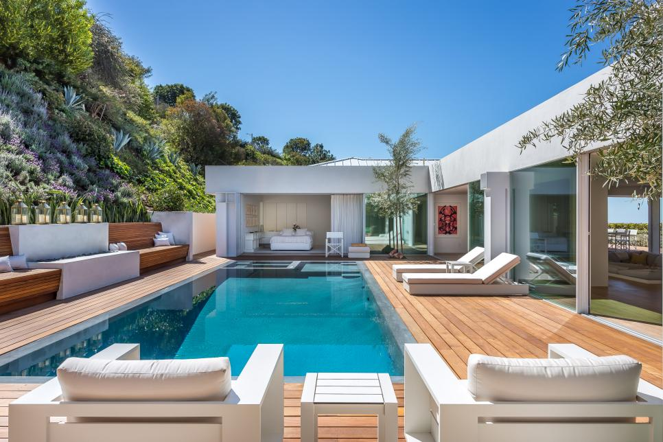 Our 10 favourite celebrity swimming pools