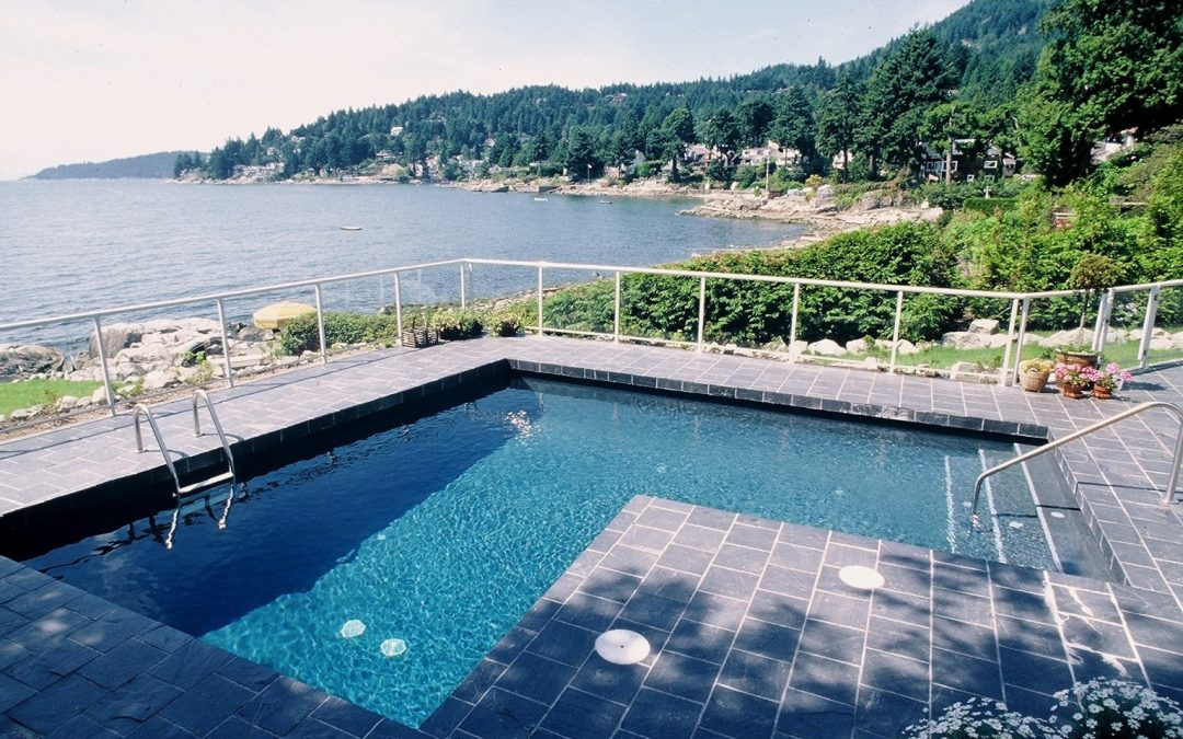 Ask a Vancouver swimming pool contractor: What are the main parts of my pool?