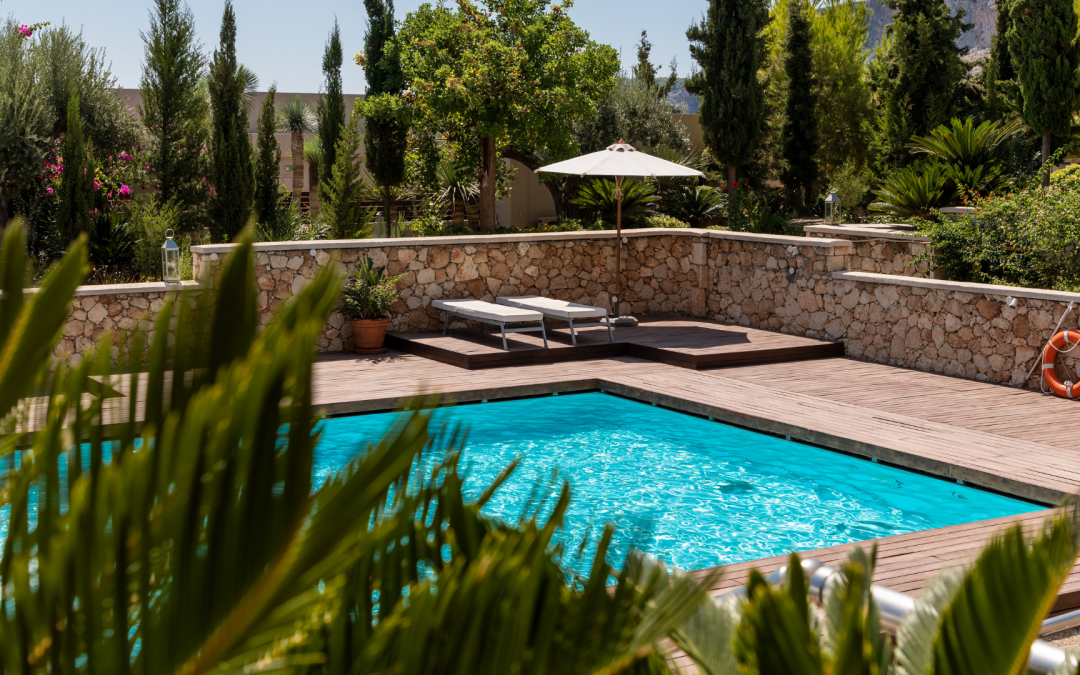 5 swimming pool trends we love in 2021